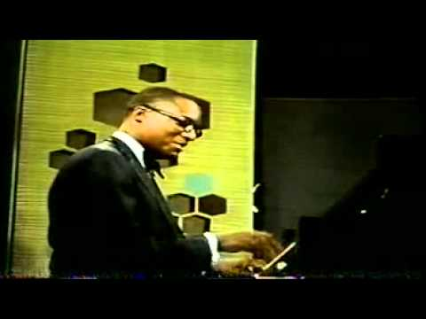 Ramsey Lewis Trio - Hang On Sloopy (Maurice On Drums)